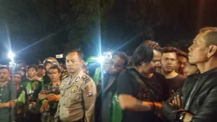 Massa Driver Gojek di Kota Padang Berkumpul, Gara-gara Rekannya Dilempari Pakai Batu