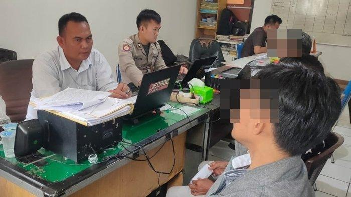 Oknum Guru Madrasah Ibtidaiyah di Palembang Dilaporkan Memukul 3 Muridnya, Ada Rekaman CCTV