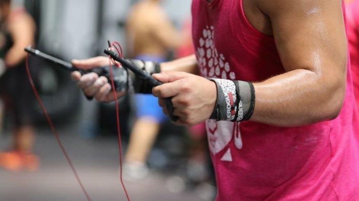 Manfaat dan Resiko CrossFit: Meningkatkan Kekuatan Fisik hingga Membakar Kalori