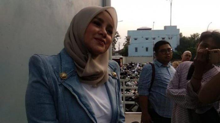 Olla Ramlan Pilih Libur Akhir Tahun di Jakarta