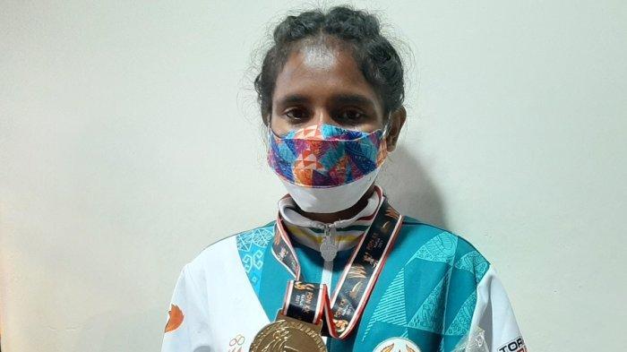 Ona Antryni Paays Bertekad Pertahankan Medali Emas Tinju di PON Berikut