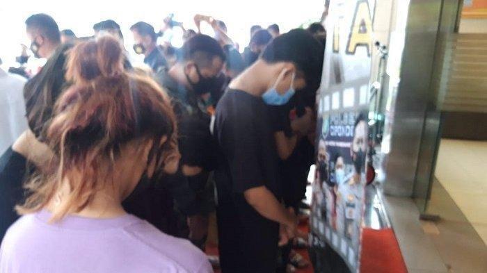 Prostitusi Online, Belasan Remaja Diamankan Polisi, Muncikari Ditaksir Raup Rp 30 Jutaan Sebulan