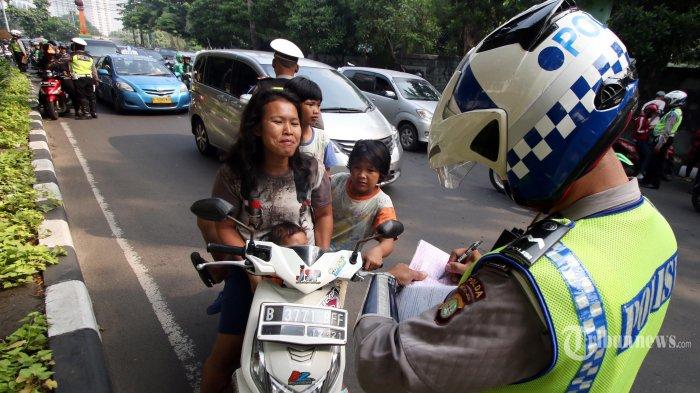 Beragam Nama Razia Lalu Lintas: di Jakarta Disebut Operasi Patuh Jaya, di Jateng Operasi Patuh Candi