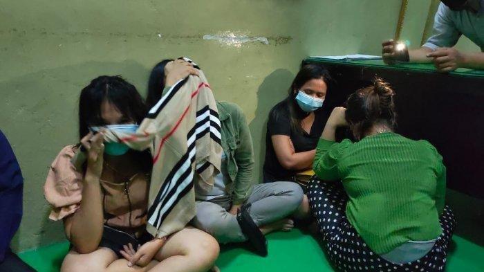 Razia Tempat Karaoke Berkedok Salon di Sarolangun Jambi, 3 Pasangan Diamankan