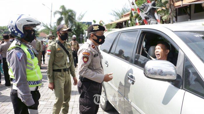Besok, Tetap Wajib Pakai Masker di dalam Mobil saat PSBB Masa Transisi DKI Jakarta