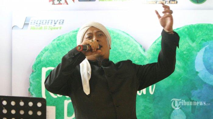 Mengenang Almarhum Ustaz Arifin Ilham, Opick: Dia Guru, Cuma Dia Lucu dan Kekanak-kanakan