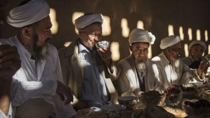 AS Curiga China Lakukan 'Genosida' Terhadap Muslim Uighur di Xinjiang