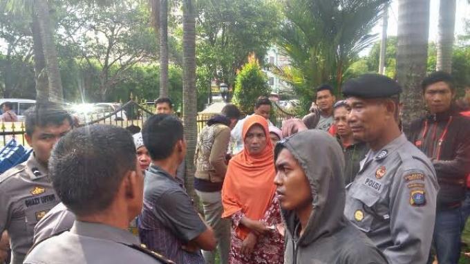 Syok Anaknya Tewas Dibunuh, Rosminah Terbaring Selama 10 Hari di Rumah Sakit