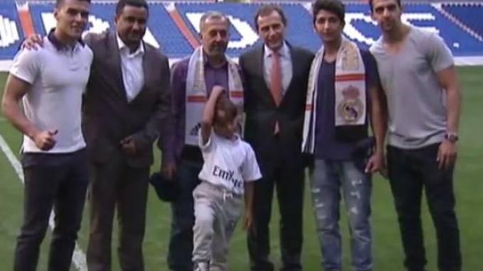 Pengungsi Suriah yang Dicekal Kamerawati Disambut Pemain Real Madrid