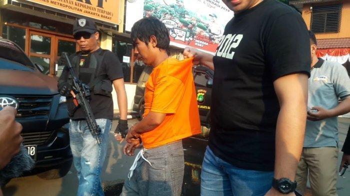 Pelaku Pembacokan Ketua RT di Cengkareng Melawan Saat Hendak Ditangkap, Polisi Tembak Kaki Kanannya