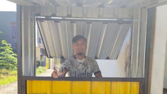 Outlet Thai Tea'ta 28 yang dimiliki Aditya Putra Dewa