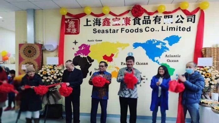 Pabrik tempe pertama di China, yang bertempat di kawasan industri food processing di Songjiang district, Shanghai telah diresmikan pada Selasa (19/01/2021).