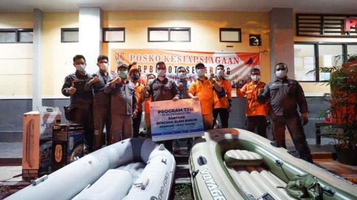 Perahu Karet dan Sembako Didistribusikan untuk Tiga Daerah yang Terdampak Banjir di Jateng