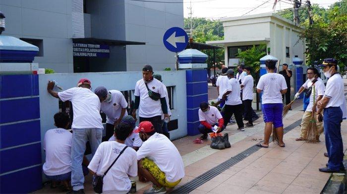 Kemenhub Libatkan Ratusan Masyarakat Dalam Program Padat Karya di Tanjung Perak