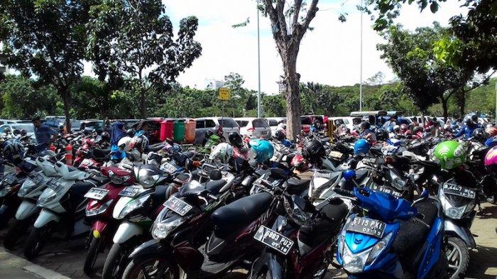 Parkir IRTI Monas Penuh, Pengelola Siapkan Lahan Parkir Alternatif