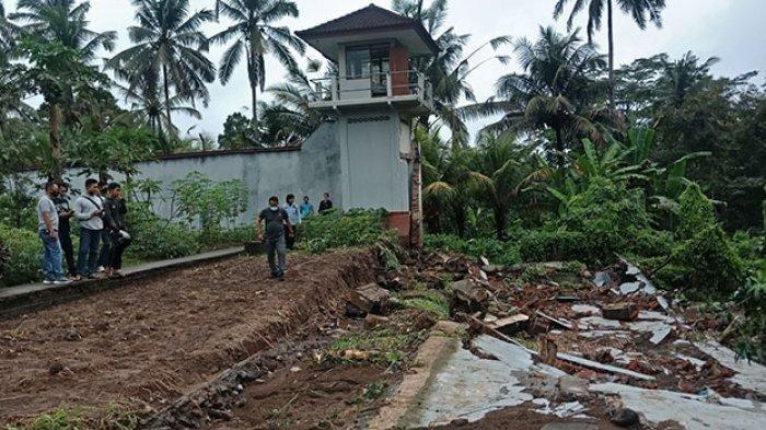 Hujan Deras, Pagar Keliling Rutan Bangli Sepanjang 42 Meter Roboh