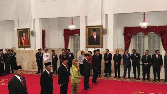 Presiden Jokowi Anugerahkan Gelar Pahlawan Kepada Enam Tokoh