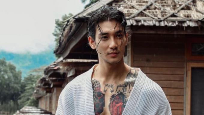 Paing Thakon, Model serta aktor asal Myanmar yang ditangkap oleh Militer.