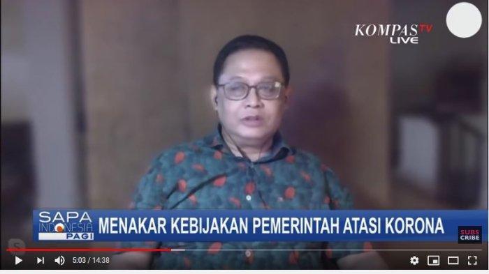 Pakar Epidemiologi Fakultas Kesehatan Masyarakat (FKM) Universitas Indonesia (UI) Pandu Riono mengaku salut kepada pemerintah setelah ditetapkannya status kedaruratan kesehatan masyarakat.