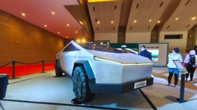 Ada Tesla Cybertruck Dipamerkan Dalam Ajang IIMS 2021