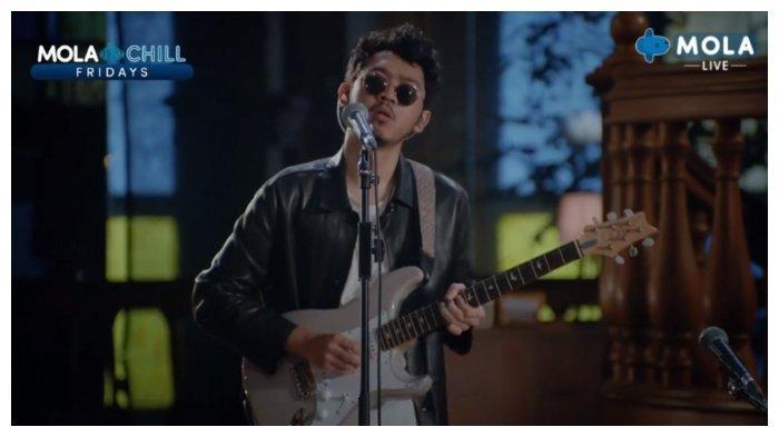 Buka Live Intimate Concert LANY, Pamungkas Bawakan 6 Hits Song, To The Bone hingga Kenangan Manis