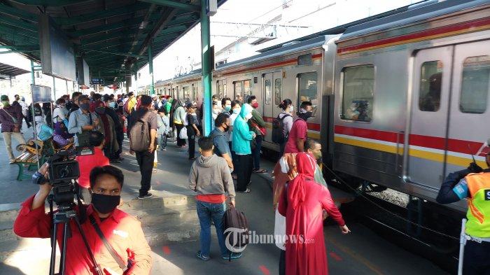 Pemisahan Jalur KRL Bogor dan Bekasi di Stasiun Manggarai Rampung Akhir Tahun Ini