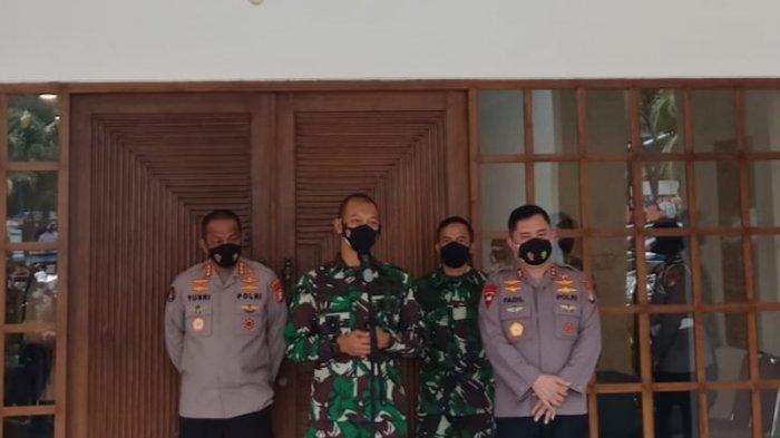 Evaluasi PenangananCovid-19, TNI-Polri Targetkan Kelancaran Vaksinasi dan Program PPKM DKI Jakarta