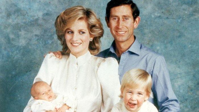 Pangeran Charles, Putri Diana, dan kedua putra mereka