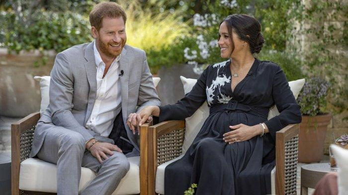 Pangeran Harry dan Meghan Markle dalam Oprah With Meghan dan Harry: A CBS Primetime Special