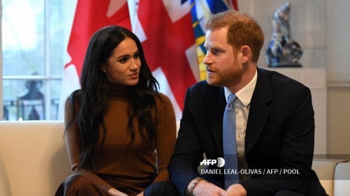 Pangeran Harry dan Meghan Markle Duchess of Sussex saat kunjungan mereka ke Canada House pada 7 Januari 2020.
