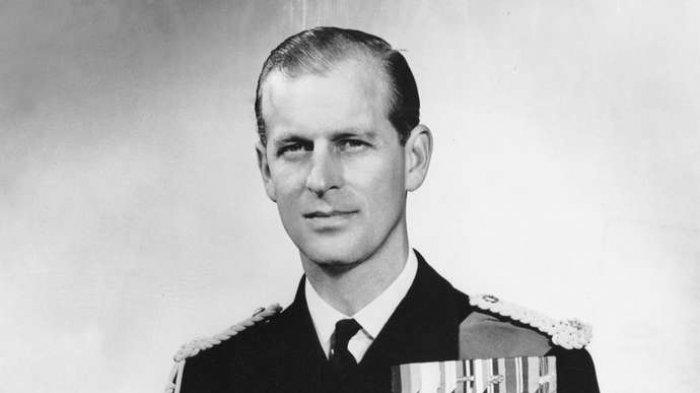 Foto Pangeran Philip semasa muda.