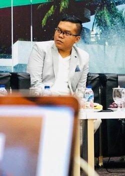 Analis Politik Sekaligus Pangi Syarwi Chaniago, mengatakan Kongres PAN yang akan segera diselenggarakan tersebut akan menjadi ujian konsistensi bagi partai dan seluruh kadernya. Pangi menilai, sebagai anak kandung reformasi, PAN memiliki beban moral untuk terus memperjuangkan nilai dan etika serta agenda reformasi.