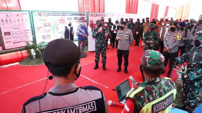 Panglima TNI Bagikan Bantuan 100 Unit Laptop Untuk Dukung Tugas Tracer Digital Covid-19