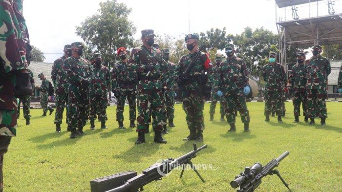 Panglima TNI Tinjau Fasilitas Latihan Air Combat ManuveringInstrumentation di Madiun