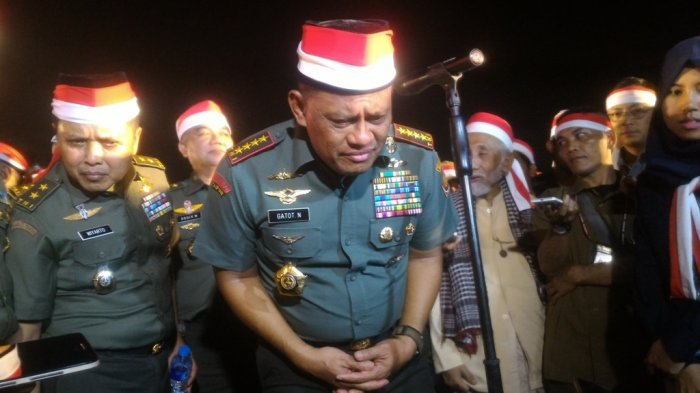 Bagaimana Panglima TNI Memaknai Kekompakan Mantan Presiden ?