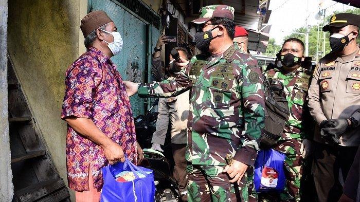 TNI Jemput Bola Kejar Target 70 Persen Vaksinasi Covid-19 di Jakarta Sebelum 17 Agustus 2021