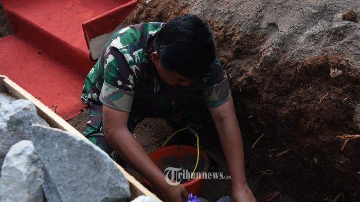 Panglima TNI Peletakan Batu Pertama Pembangunan PAUD.