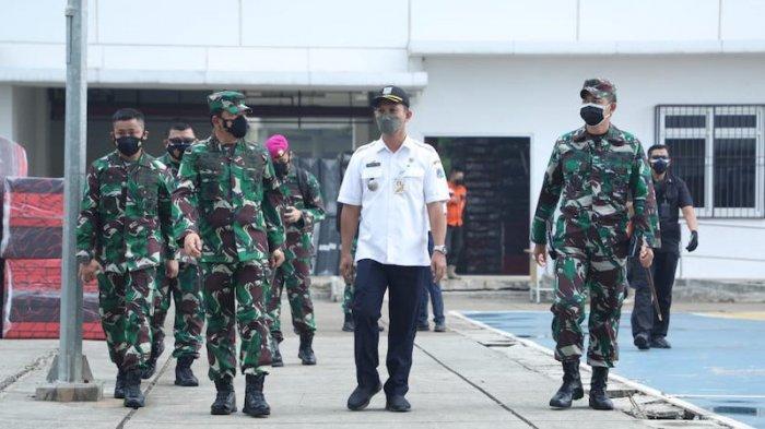 Sidak Tempat Isolasi Pasien Covid-19 Rusun Nagrak, Panglima TNI Cek Tempat Tidur, APD, Kipas Angin