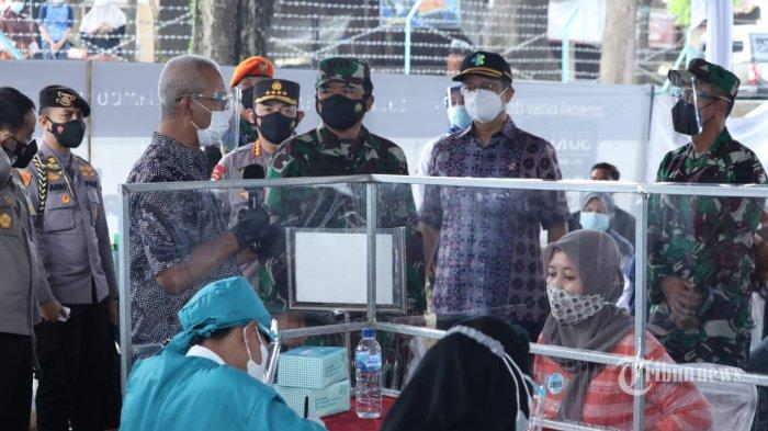 Tinjau Vaksinasi di Kabupaten Kudus, Panglima TNI: TNI-Polri Akan Percepat Vaksinasi Nasional