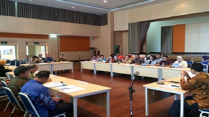 Bahas Beasiswa Perguruan Tinggi, Panja Beasiswa Dikti dan SM3T Kunjungi Rektor se-Jawa Barat