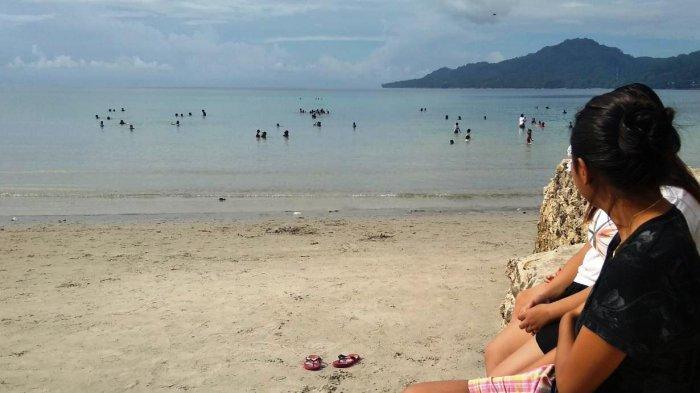 Walaupun Telah Ditutup Lantaran Virus Corona, Pantai Natsepa Maluku Justru Ramai Diserbu Pengunjung
