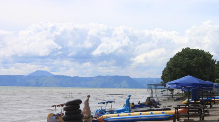 Menikmati Keindahan Pantai Situngkir, Destinasi Wisata Baru di Kabupaten Samosir