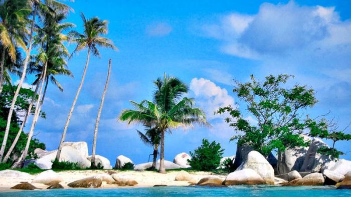 Keindahan Tanjung Kelayang di Belitung Bikin Mabuk Kepayang