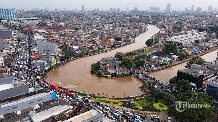 10 Kabupaten/Kota di Jabar Dilanda Banjir dan Tanah Longsor: Bekasi, Subang Hingga Majalengka