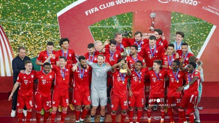 Para pemain Bayern merayakan kemenangan mereka dalam pertandingan final Piala Dunia Antarklub FIFA antara Bayern Munich dari Jerman vs UANL Tigres Meksiko di Stadion Kota Pendidikan di kota Ar-Rayyan di Qatar pada 11 Februari 2021. Karim JAAFAR / AFP