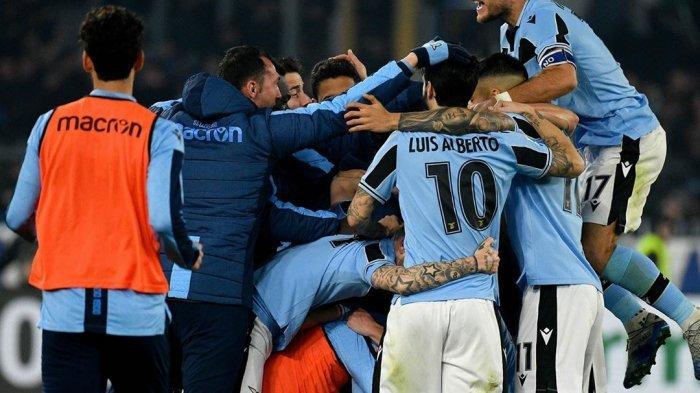 Para Pemain Lazio merayakan gol ke gawang Inter Milan (@official_sslazio)
