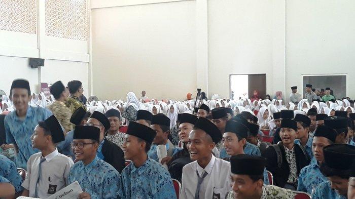 BKKBN Gaungkan Program GenRe dan Kesehatan Reproduksi di Pesantren Buntet Cirebon
