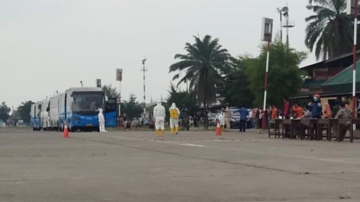 120 TKI yang Dideportasi dari Malaysia Jalani Karantina di Eks Bandara Polonia Medan