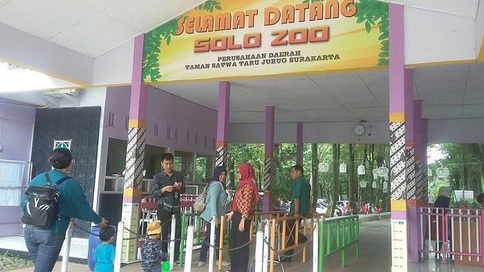 Para wisatawan memadati TSTJ Taman Jurug Solo