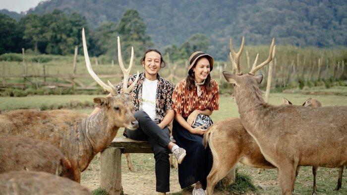 Pasangan Dimas Anggara dan Nadine Chandrawinata.